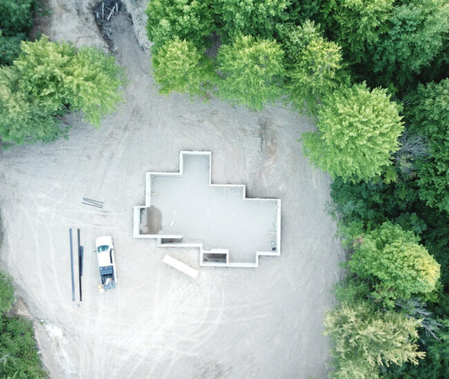 Complete_poured_wall_Aerial_view_Fenton